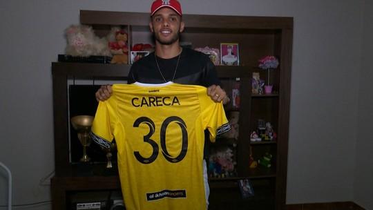Careca fala sobre ano na Malásia, cita  gratidão ao Atlético-AC e aguarda chegada de herdeiro