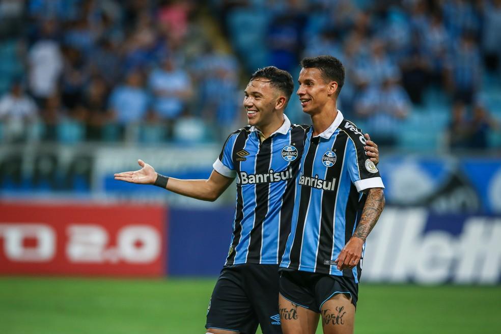 Pepê e Ferreira fizeram os gols do Grêmio no jogo — Foto: Lucas Uebel/Grêmio/Divulgação