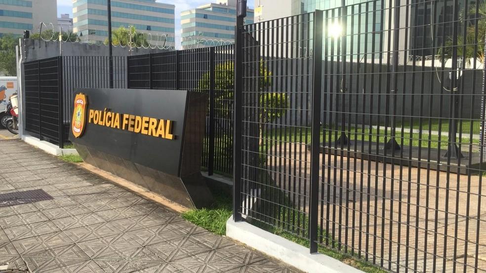 Polícia Federal em Florianópolis — Foto: Mayara Vieira/ NSC TV