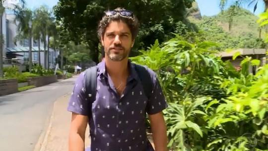 Bruno Cabrerizo não liga para padrões de beleza: 'Em uma mulher celulite é vida'