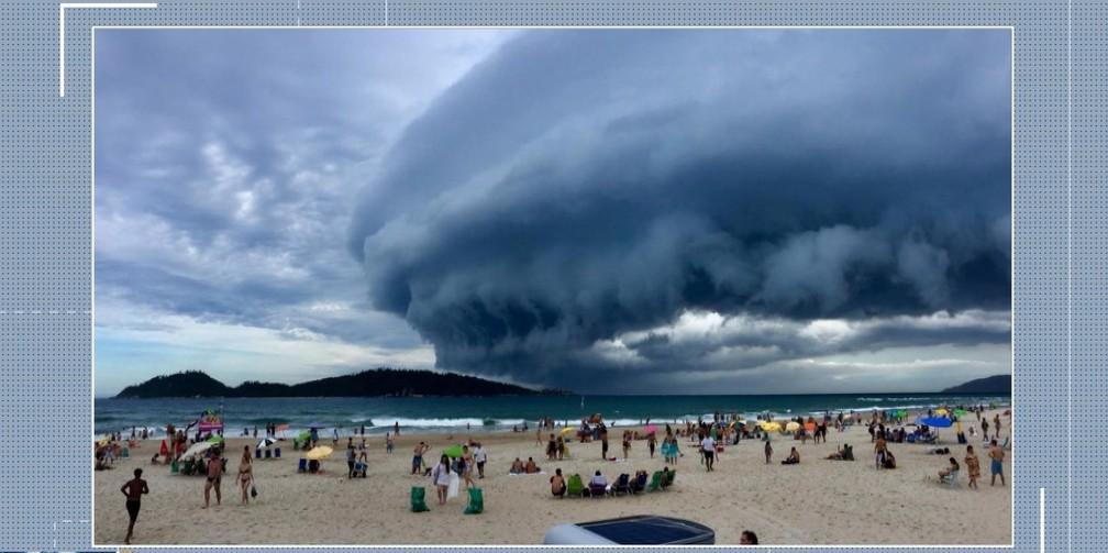 Shelf Cloud na Praia do Campeche em Florianópolis — Foto: Reprodução/NSC TV