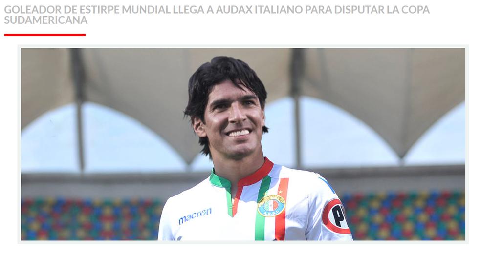 Site oficial do Audax Italiano faz montagem de Loco Abreu com a camisa do time (Foto: Reprodução)
