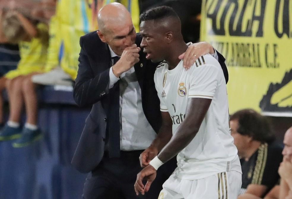 """Resultado de imagem para Zidane se manifesta sobre futuro de Vinicius Junior no Real Madrid: """"Vai ficar aqui"""""""