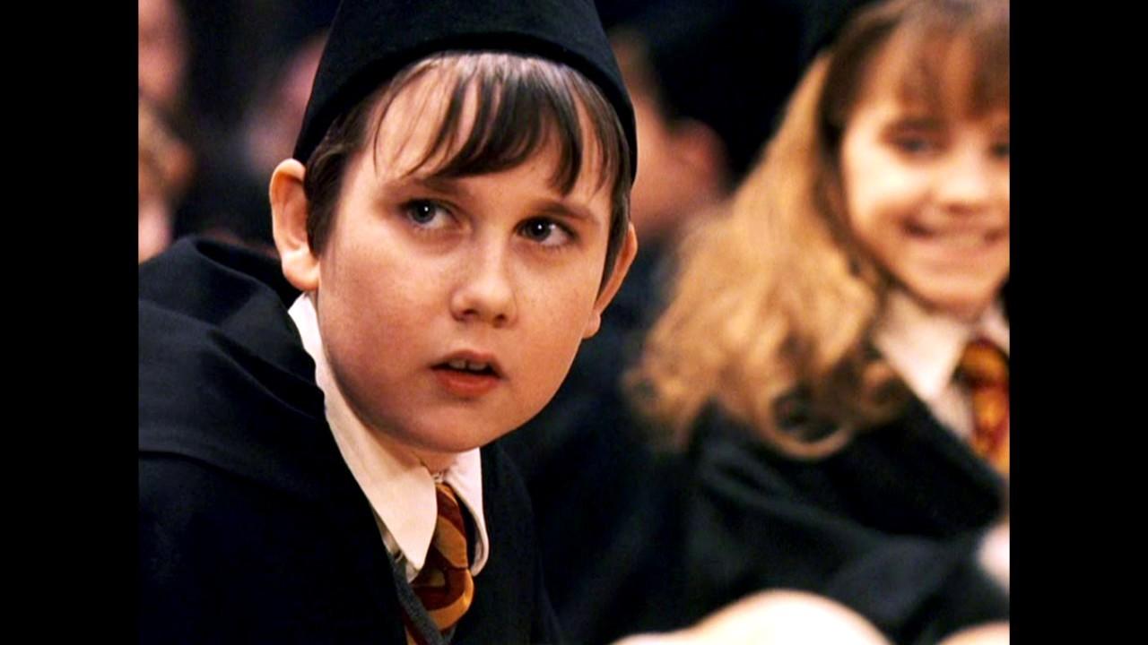Matthew Lewis, britânico que interpretou Neville nos filmes da saga Harry Potter (Foto: Reprodução/Twitter)