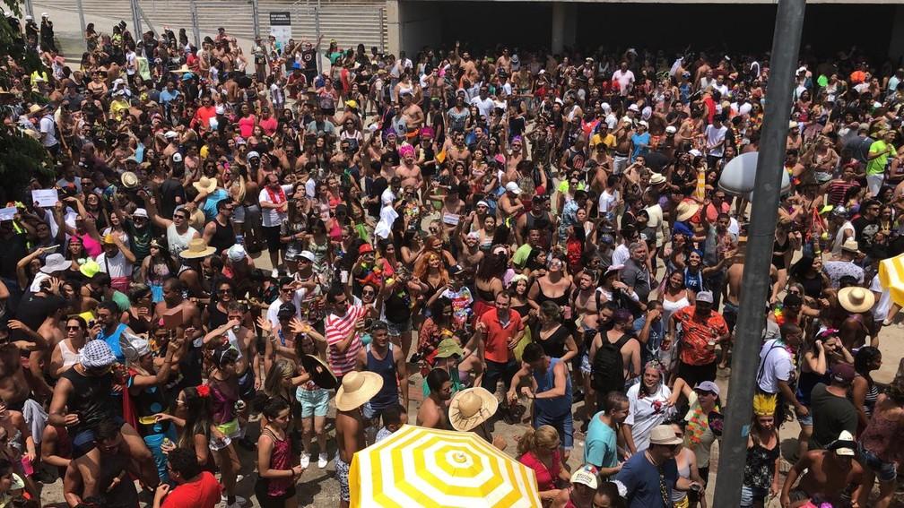 Mar de gente no Monobloco em BH — Foto: Carlos Amaral/Globo
