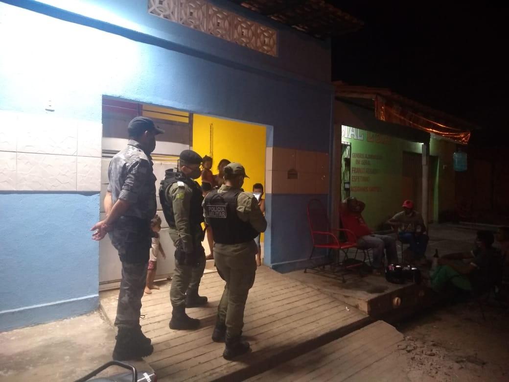 PM fecha bares e apreende aparelhos de som para combater aglomerações na zona rural de Teresina