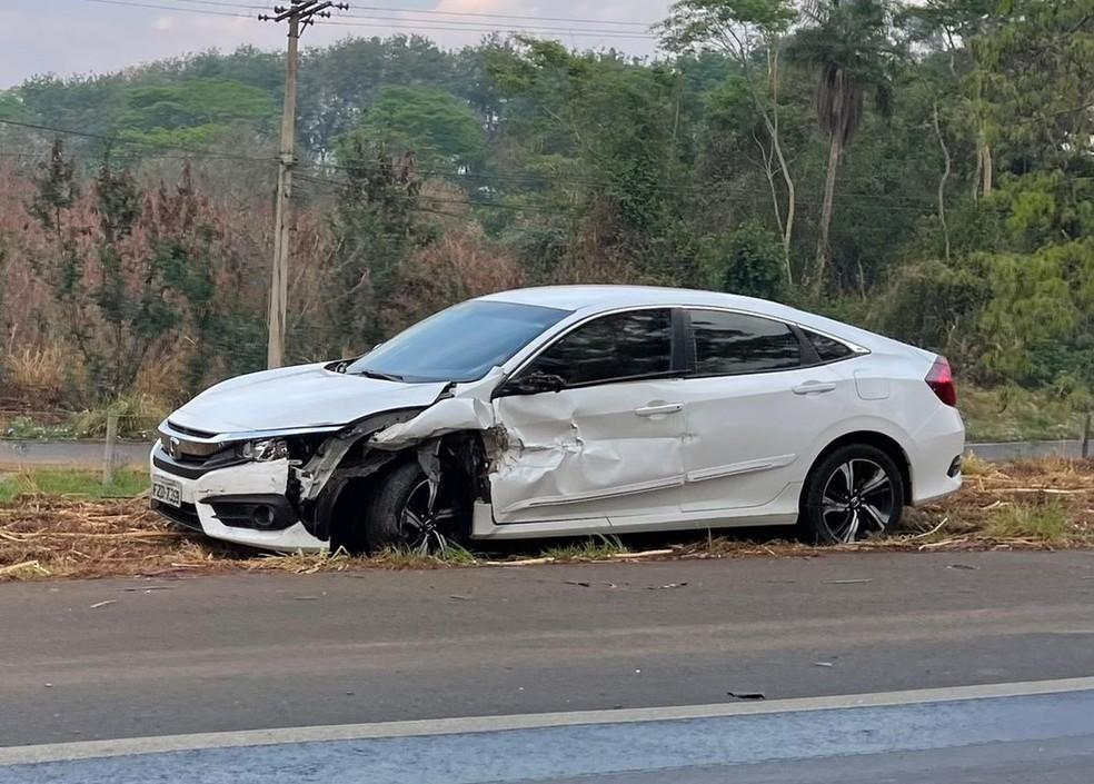 Acidente entre carros e van deixa feridos em rodovia de Monte Aprazível — Foto: Arquivo Pessoal