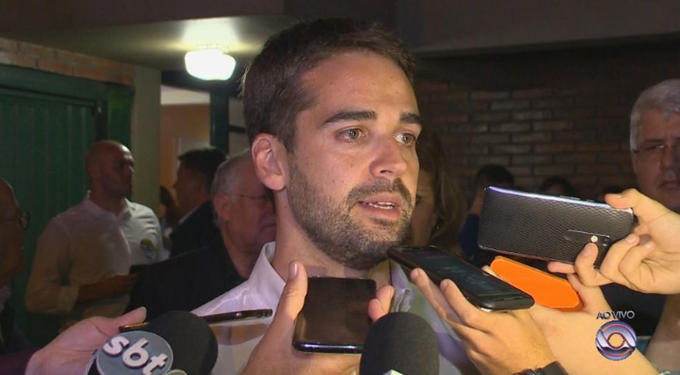 Eduardo Leite encerrou primeiro turno como o mais votado  — Foto: Reprodução / RBS TV