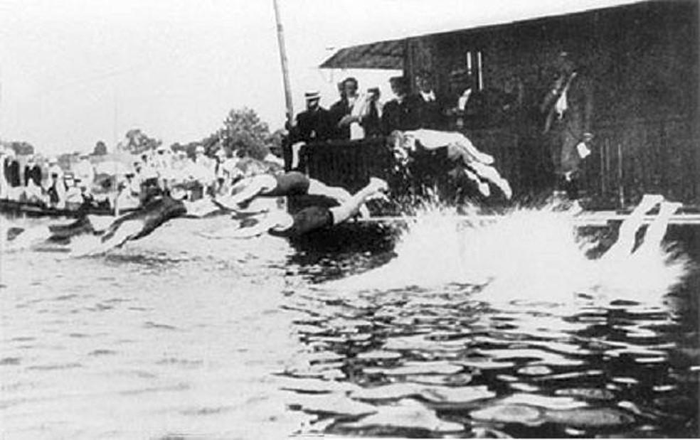 Jogos Olímpicos de Paris 1900 tiveram nado subaquático — Foto: Reprodução