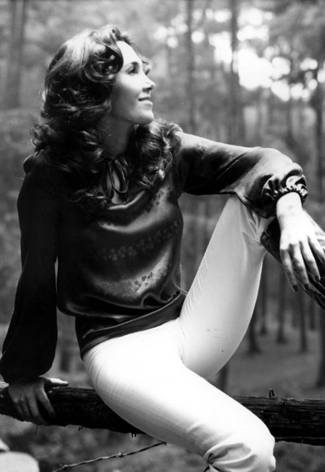 Florinda Meza na juventude (Foto: Reprodução/Twitter)