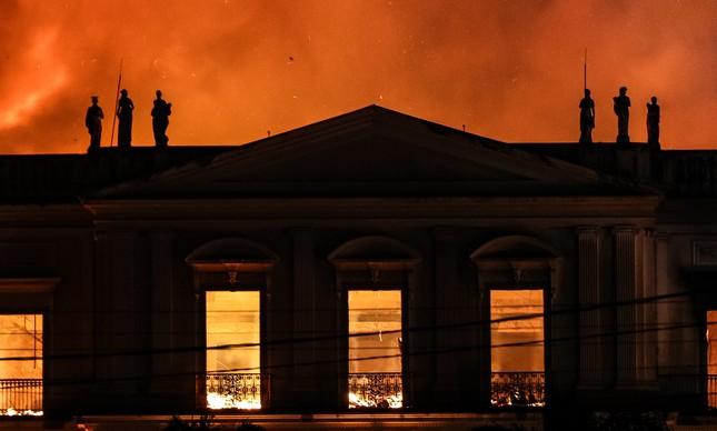 Incêndio destrói Museu Nacional da Quinta da Boavista