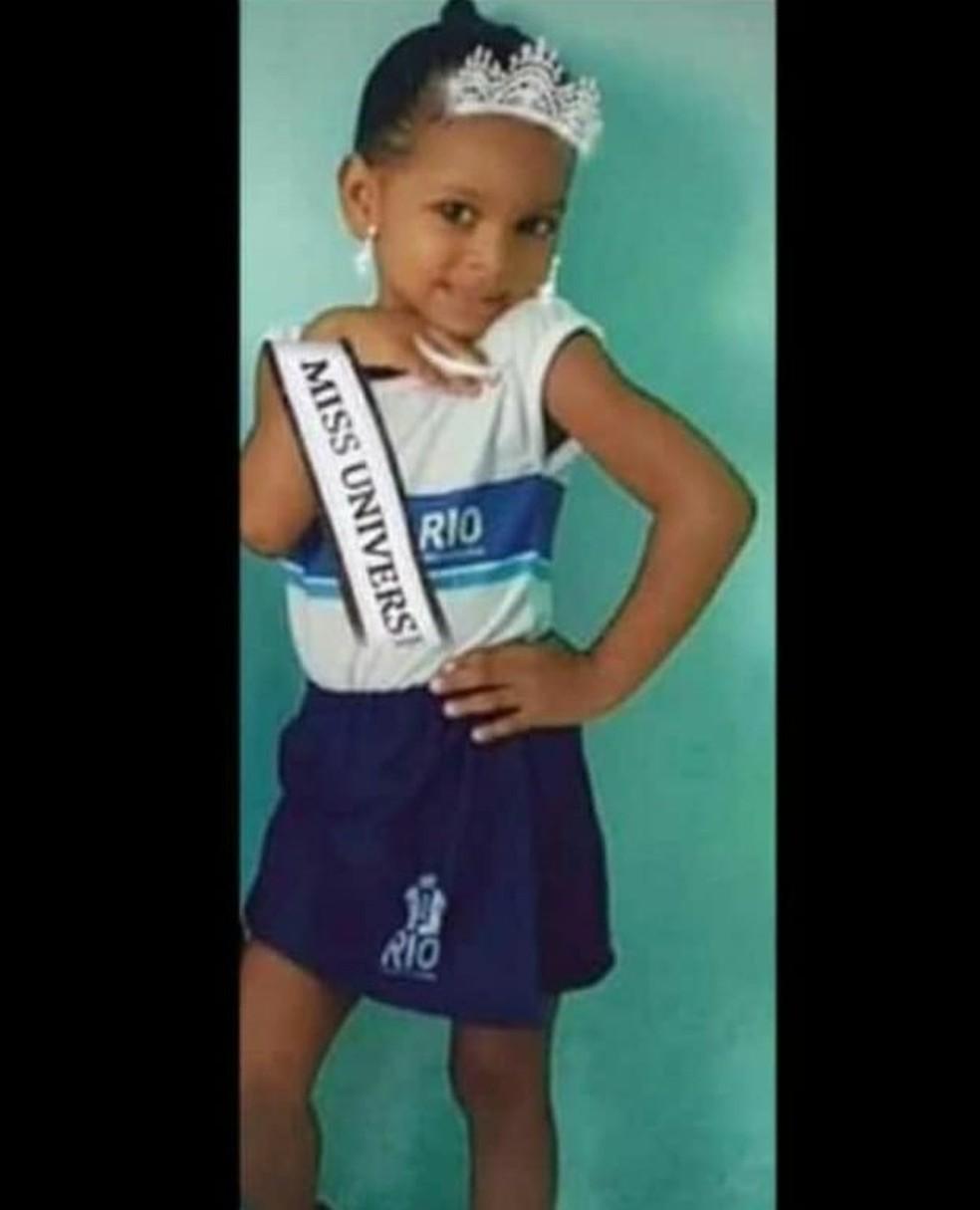Ketellen morreu após ser baleada a caminho da escola em Realengo, na Zona Oeste do Rio — Foto: Arquivo pessoal