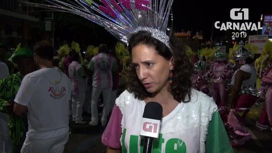 Viúva de Marielle, Marcelo Freixo e Tarcísio Motta desfilam na Mangueira em homenagem à vereadora