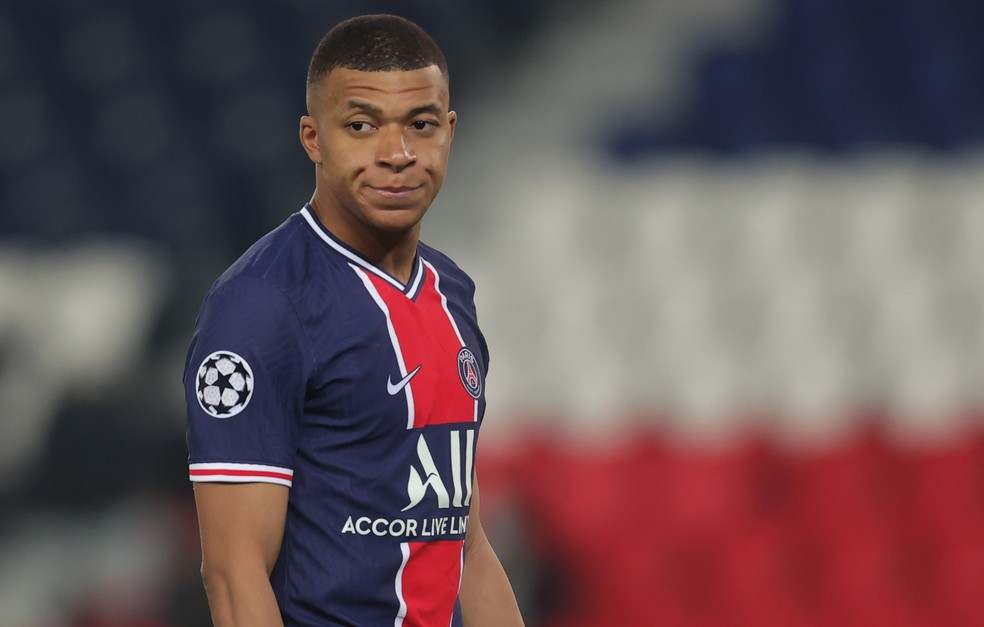 Mbappé pode ficar fora do duelo de volta contra o Manchester City — Foto: Getty Images