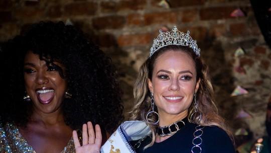 Paolla Oliveira é coroada Rainha 2019 do bloco carioca Cordão da Bola Preta