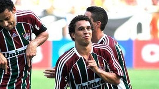 """Na chegada ao Rio, Wellington Nem diz que insistiu para voltar ao Fluminense: """"Amo esse clube"""""""