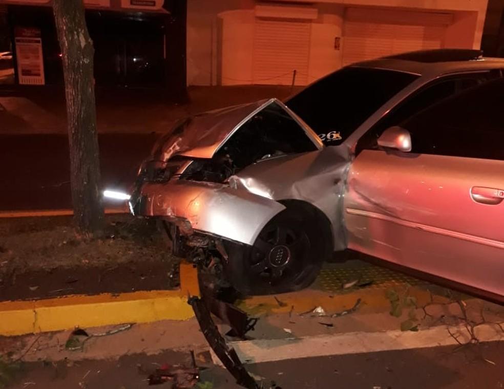 Motorista que trafegava pela Avenida Getúlio Vargas em Bauru dirigia embriagado; teste do bafômetro comprovou — Foto: Arquivo pessoal