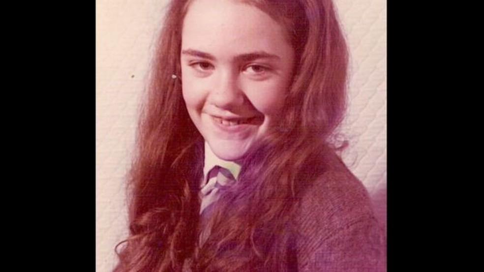 Marie McCreadie ficou 12 anos sem poder falar, até que um dia recuprou a voz — Foto: Marie McCreadie/BBC