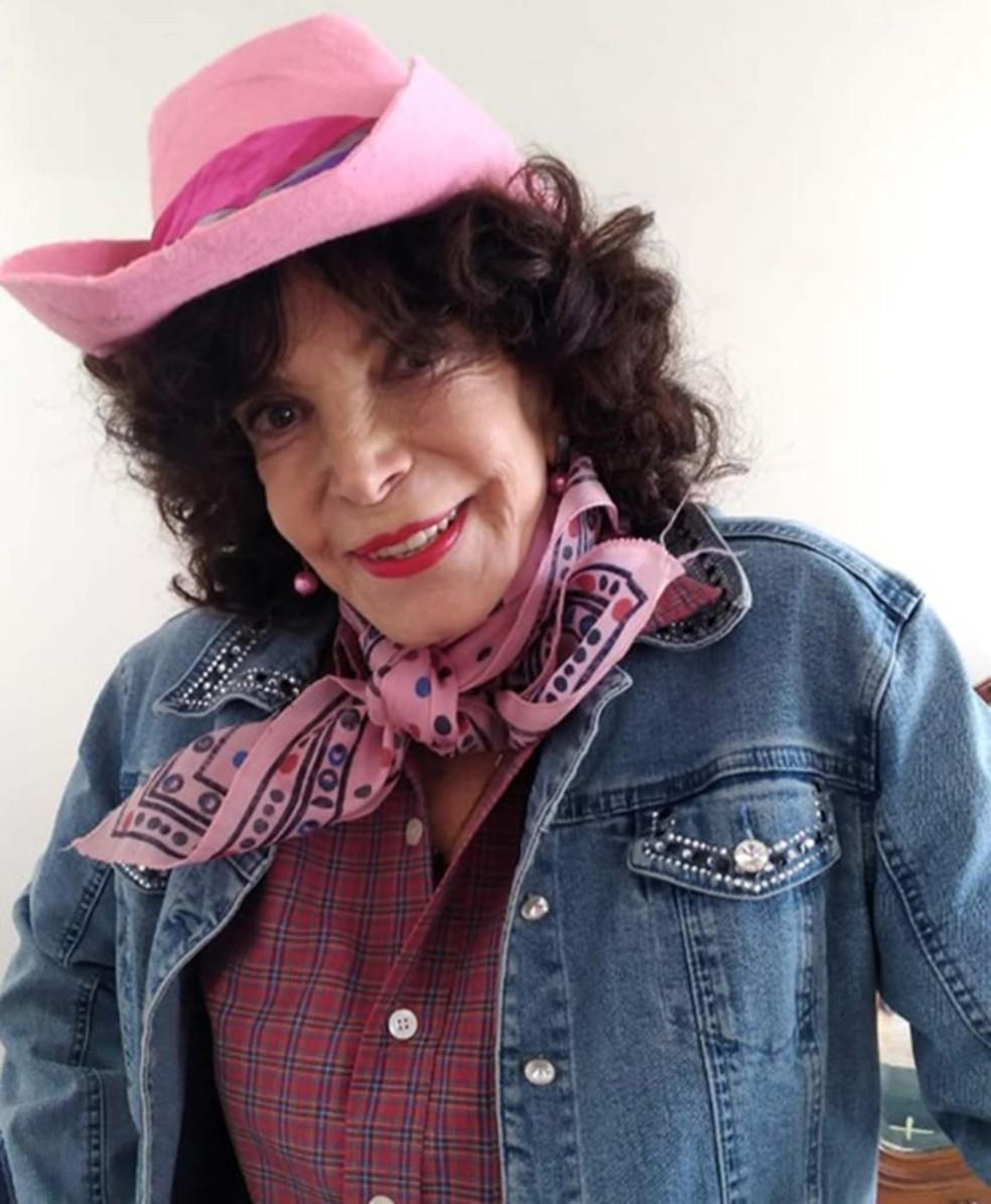 """Lady Francisco na pele da personagem Arlete, na seriado """"República do Peru"""" — Foto: Flora Filmes/Divulgação"""