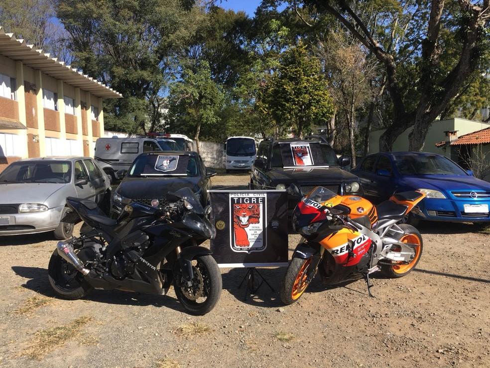 Veículos também foi apreendidos com a quadrilha (Foto: Tigre/Divulgação)