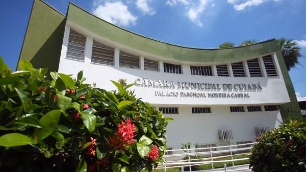 Câmara de Cuiabá anula posse de suplente que foi condenado pela Justiça