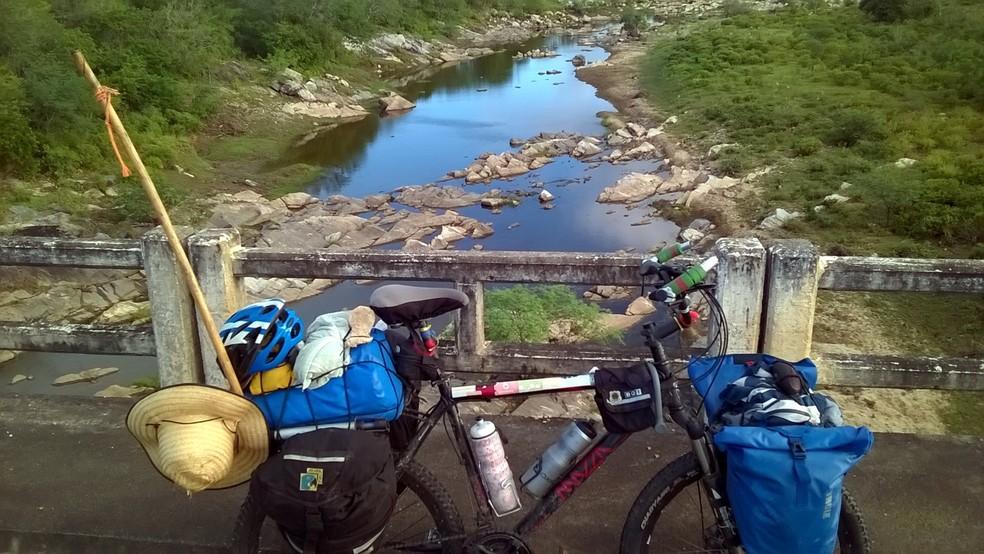 Professor de Bauru percorreu mais de 6.200 km de bicicleta durante a jornada de 8.328 km  — Foto: Marcio Francisco Martins / Arquivo pessoal