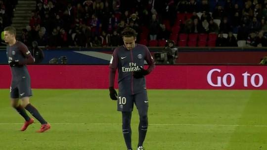 Com dores na coxa, Neymar desfalca o PSG no clássico contra o Lyon