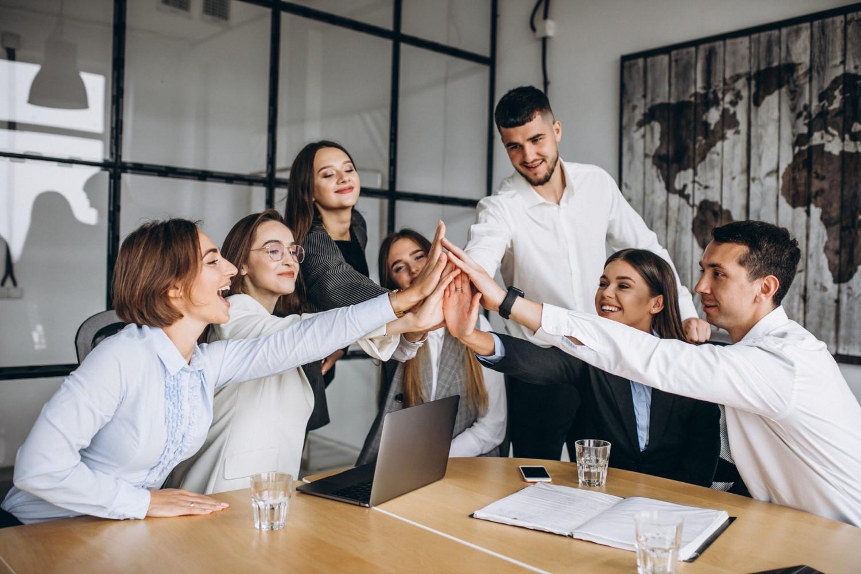 Funcionários desmotivados podem ser 125% menos produtivos; Saiba como manter sua equipe engajada