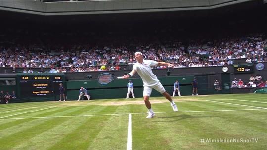 Federer supera Nishikori, atinge 100ª vitória em Wimbledon e encara Nadal na semifinal