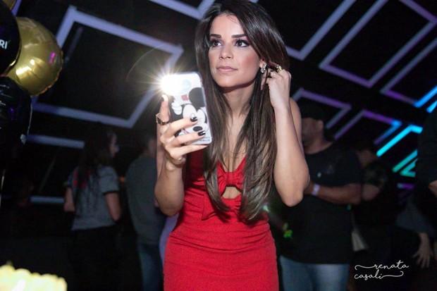 Aniversário de 32 anos de Mari Antunes, do Babado Novo (Foto: Renata Cazali/Divulgação)