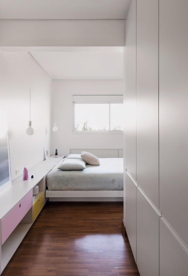 Apartamento de casal. Projeto Estúdio Nodo (Foto: Maíra Acayaba / Editora Globo)