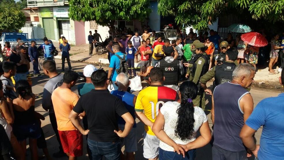 O atropelamento com vítima fatal aconteceu na Rua Rosa Passos (Foto: Maria de Fátima/Arquivo pessoal)