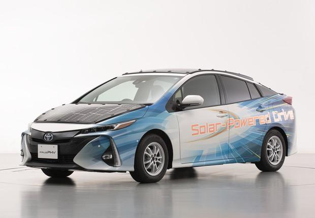 Toyota testa carro movido a energia solar