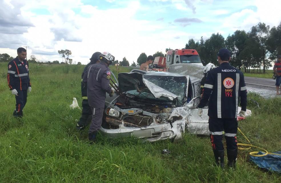 Acidente ocorreu na altura do Km-189 da BR-020 — Foto: Elvis Araújo/Blog Braga