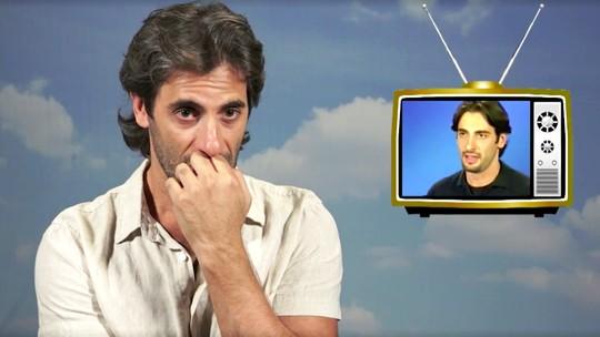 Flávio Tolezani assiste ao seu primeiro teste na Globo e analisa: 'Ansioso, mas tem um frescor'