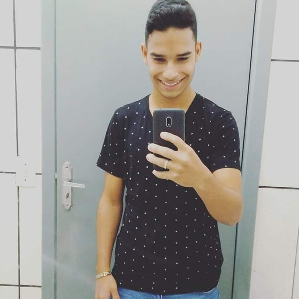 Rodrigo Benficapipi, de 18 anos, foi atingido por caminhonete que estava em alta velocidade — Foto: Polícia Civil-MT/ Divulgação