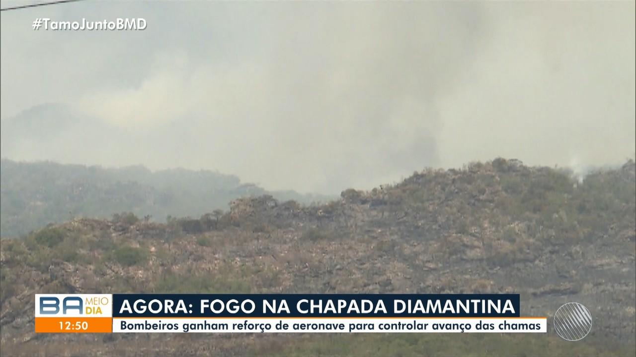 Voluntários e aeronaves ajudam bombeiros a controlar queimadas na Chapada Diamantina