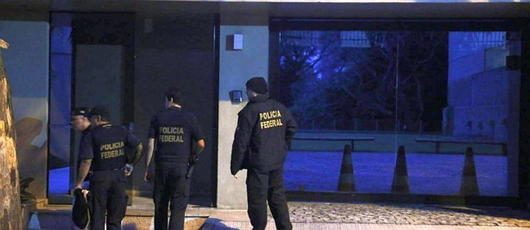 Resultado de imagem para PF faz operação em imóveis de Aécio Neves em Brasília, Belo Horizonte e Rio