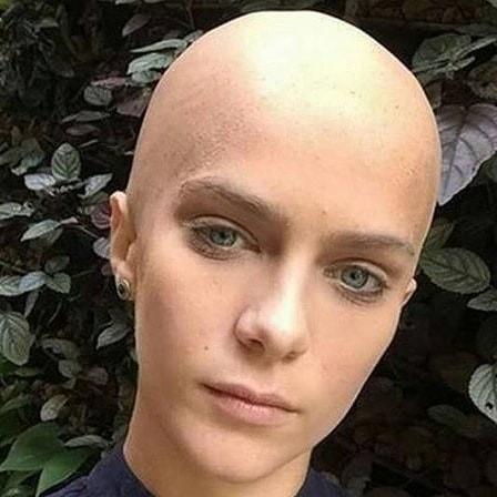 Isabella Santoni faz retrospectiva com todos os seus visuais capilares (Foto: Reprodução/Instagram)