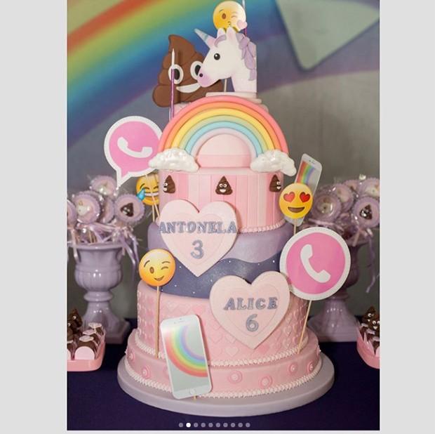 """Decoração teve como tema """"emojis"""" (Foto: Reprodução / Instagram)"""