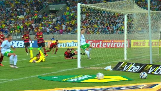 """Guto Ferreira cutuca arbitragem, mas reconhece: """"O Sport foi mal e temos que admitir"""""""