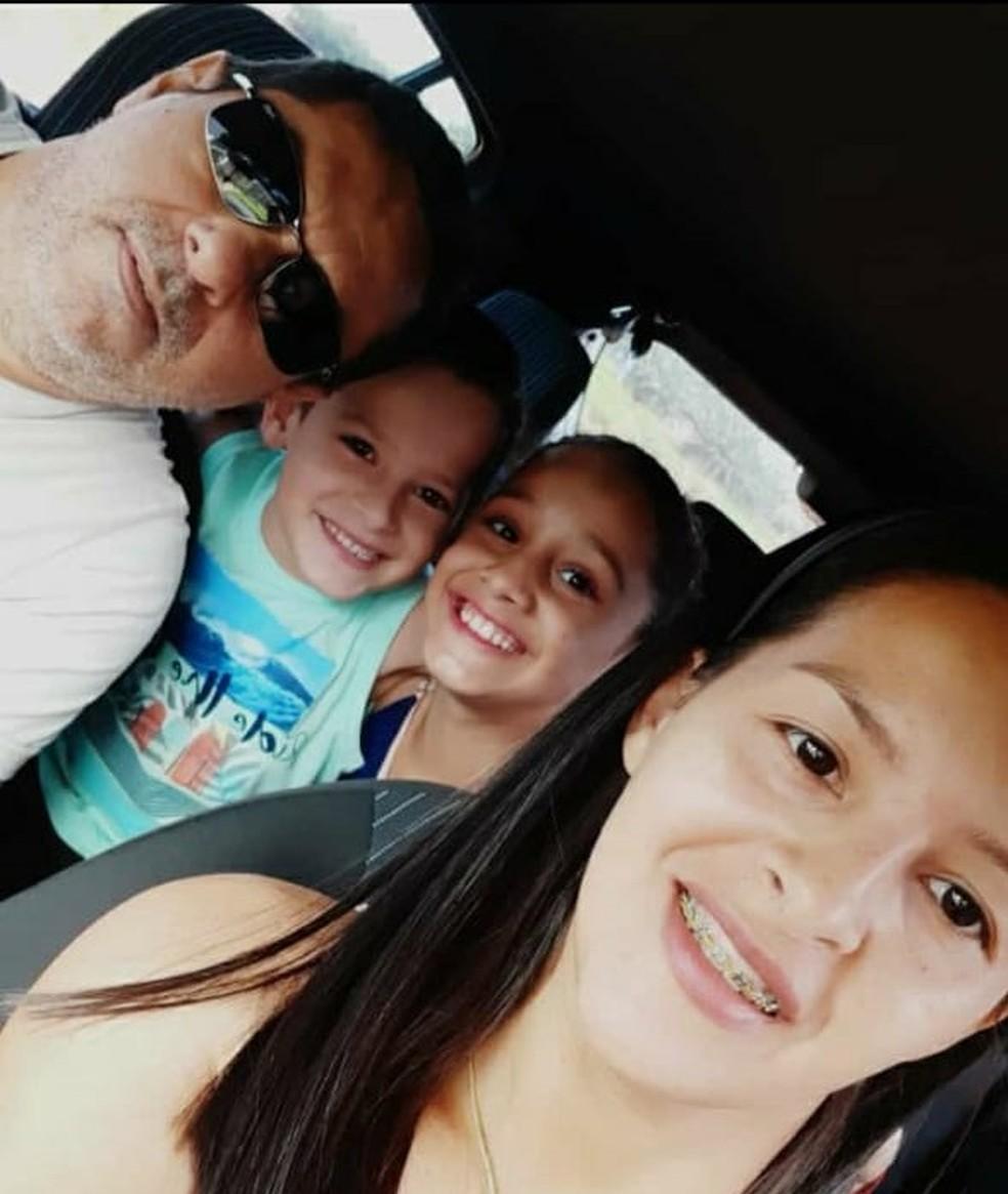 Foto tirada da família momentos antes do acidente que matou os quatro em Mato Grosso — Foto: Arquivo Pessoal