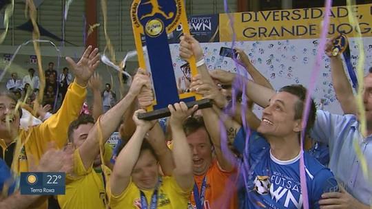 Brasil segura reação da Argentina e conquista mundial de futsal down pela 1ª vez