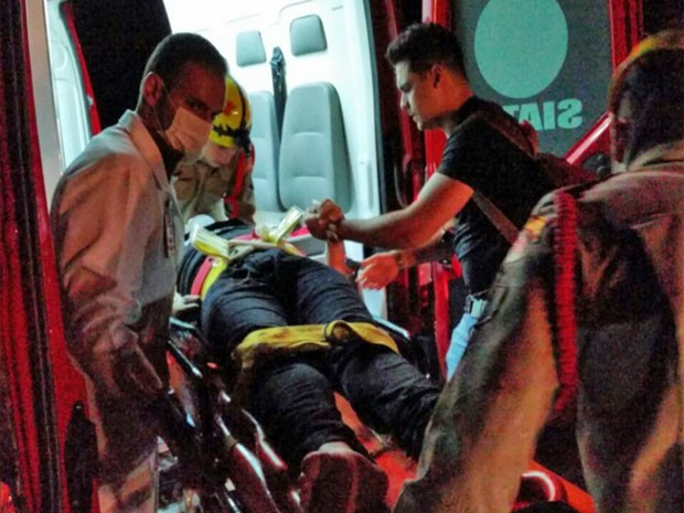 Cristiano Araújo chegou a ser socorrido e levado para o Hospital de Urgências de Goiânia (Foto: Renato Melo/Arquivo Pessoal)