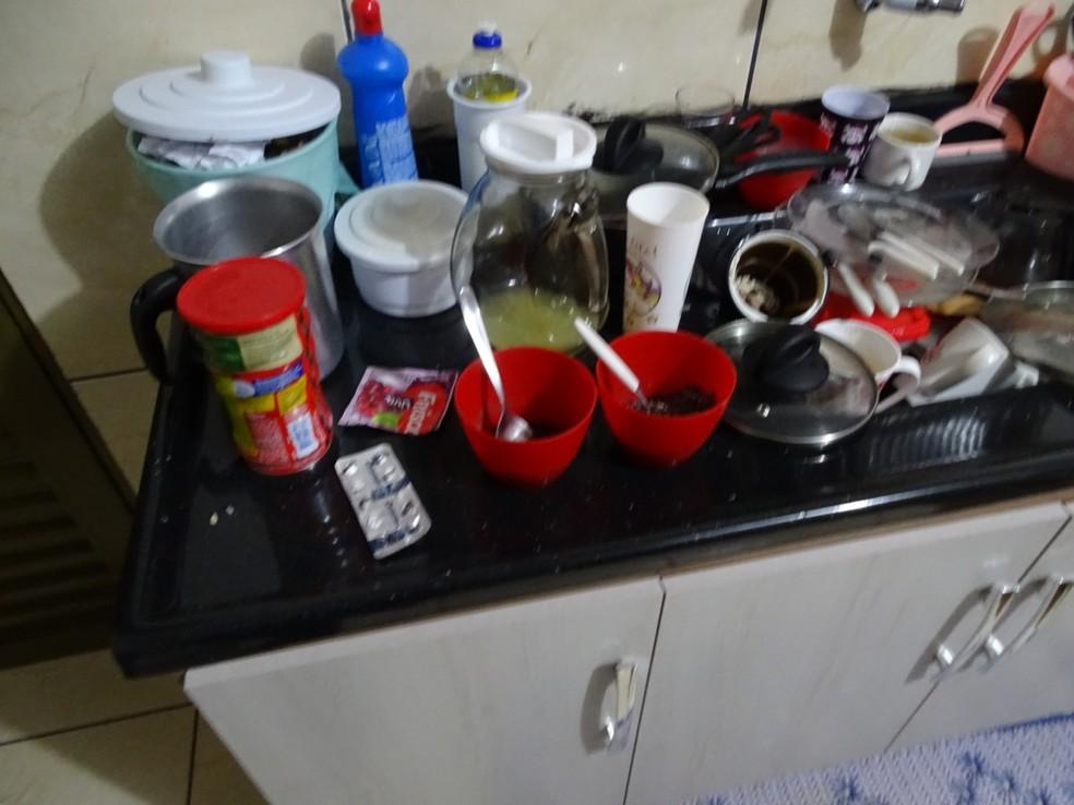 Local onde a mãe manipulou o veneno e colocou em alimentos para ingerir com a criança, segundo a polícia — Foto: Polícia Civil/Divulgação