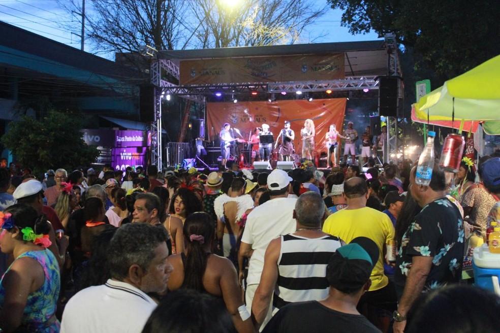 Banda 5 estrelas acontece no Centro de Manaus — Foto: Rickardo Marques/G1 AM