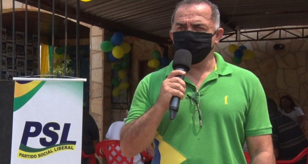 Caçador, candidato do PSL em Guajará-Mirim — Foto: Reprodução/Rede Amazônica
