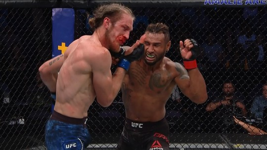 """""""Quase morri no segundo round, mas ressurgi no terceiro"""", diz lutador após surra no UFC Tampa"""