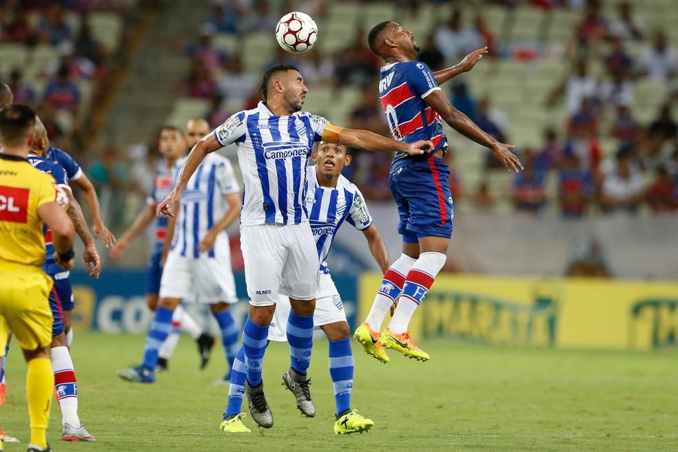 Fortaleza e CSA se enfrentaram duas vezes na fase classificatória da Série C (Foto: JL Rosa/Agência Diário)