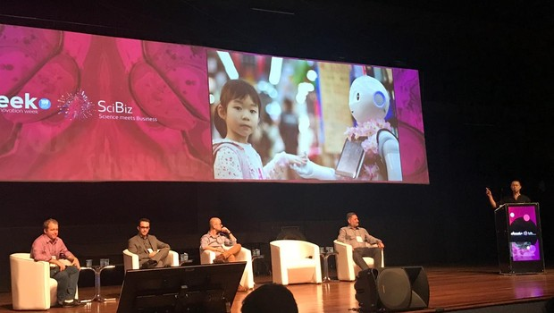 Debate sobre inteligência artificial na Open Innovation Week/SciBiz Conference (Foto: Patrícia Basilio/ÉpocaNEGÓCIOS)